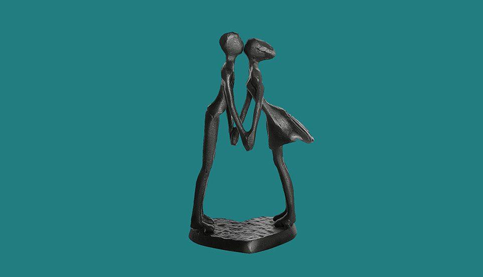 Couple Art Iron Sculpture