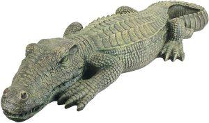 Alligator Sculpture